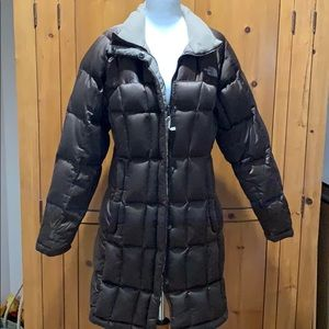 North Face girls 600 Metropolis parka, size L.
